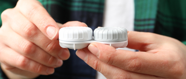 The effect of adding 'no water' stickers to contact lens cases